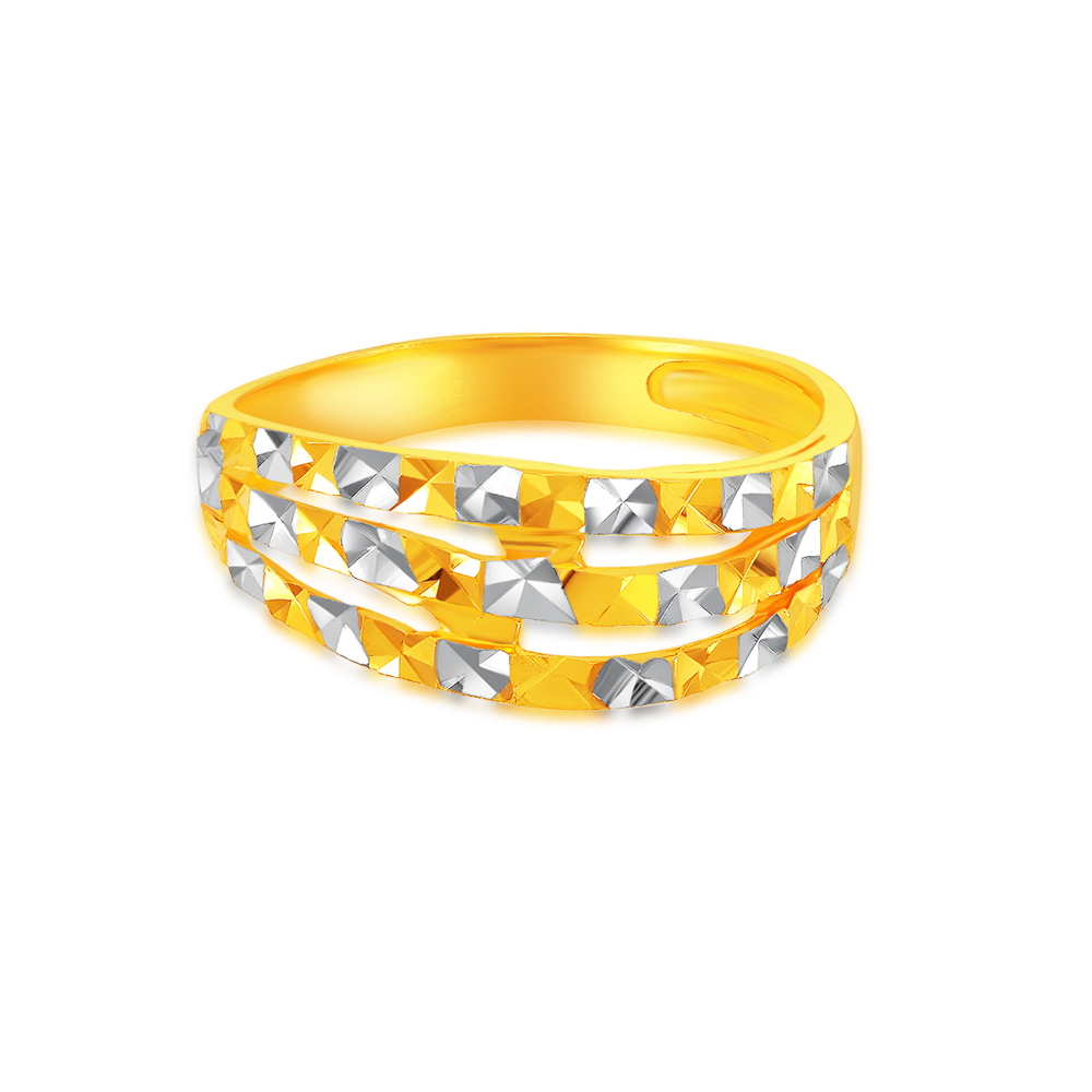 SK 916 On Parallel Gold RIng
